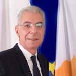 ΠτΔ - Τελετή παράδοσης πράξης διορισμού – Κυβερνητικός Εκπρόσωπος Προεδρικό Μέγαρο, Λευκωσία, Κύπρος Ο Πρόεδρος της Δημοκρατίας κ. Νίκος Αναστασιάδης παραδίδει στον Κυβερνητικό Εκπρόσωπο κ. Πρόδρομο Προδρόμου την πράξη διορισμού του. // PoR - Instrument of Appointment – Government Spokesman Presidential Palace, Lefkosia, Cyprus The President of the Republic, Mr Nicos Anastasiades hands over the instrument of appointment to Government Spokesman, Mr Prodromos Prodromou.
